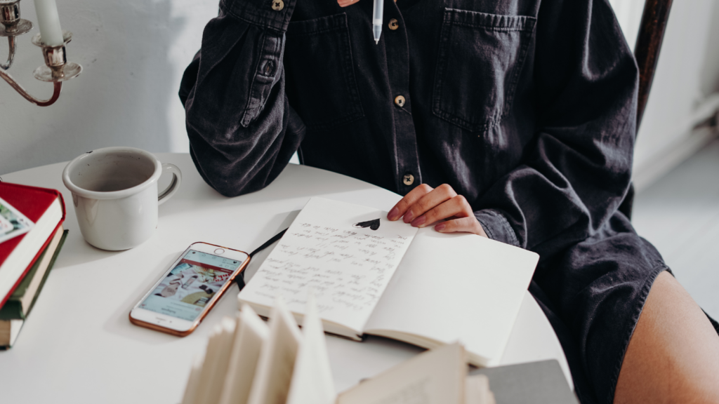 hobbies to pick up in your 20s writing